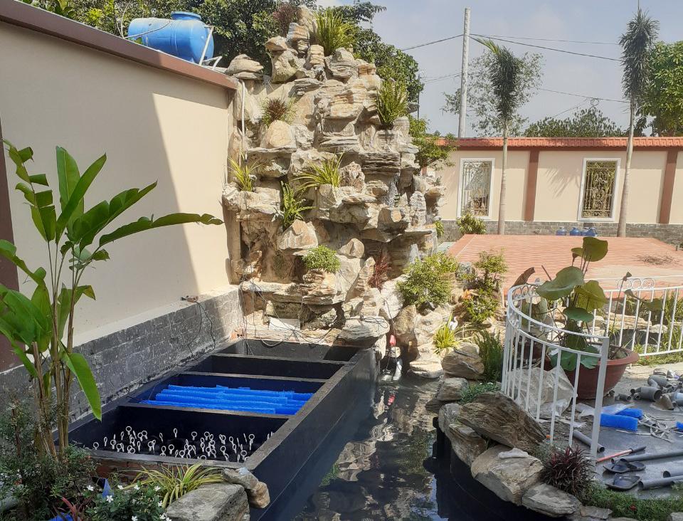 Thác nước hồ cá koi nhà chị Phương củ chi | SĐT - 0909152065