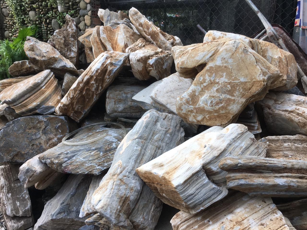 Đá gỗ thạch thuận khanh